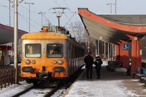 CFR Class 58 EMU awaiting passengers at Brasov