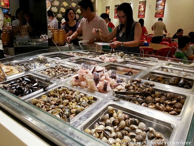 13.all kinds of shells, fresh seafood