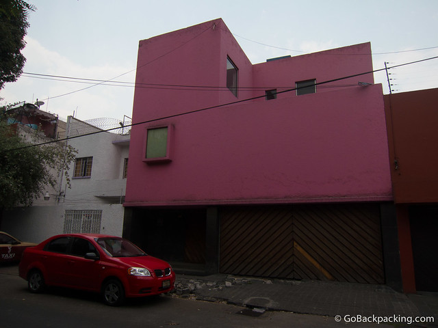 A Barragan-designed home 10 minutes away from his residence