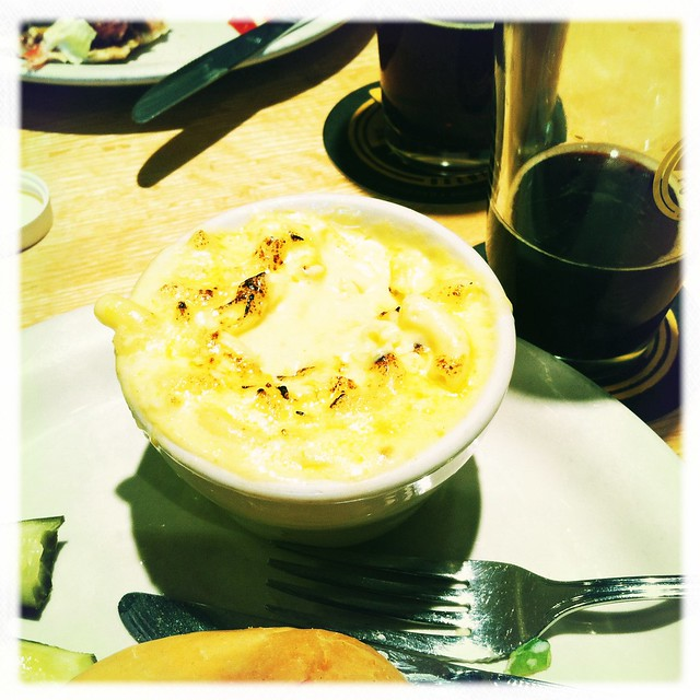 mac-n-cheese-n-beer