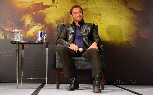"Press Conference "" Gerard Butler México "" By AppleHead Ink by Applehead_Ink"