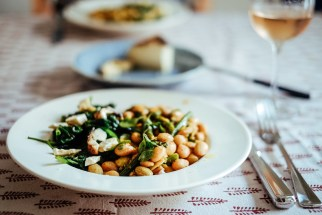 Borlotti beans with marjoram, spinach with baked sheep ricotta