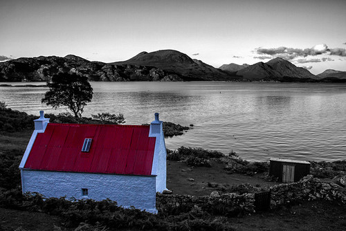 Torridon Red Roofed House by emperor1959