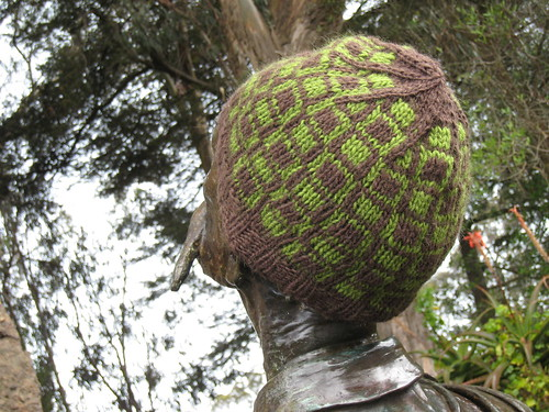 Hat_2013_01_27_Squares-within-squares_brown-green_3
