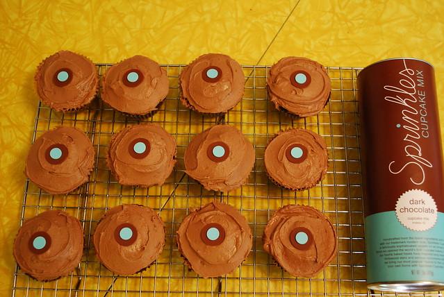 Veganized Sprinkles Cupcakes