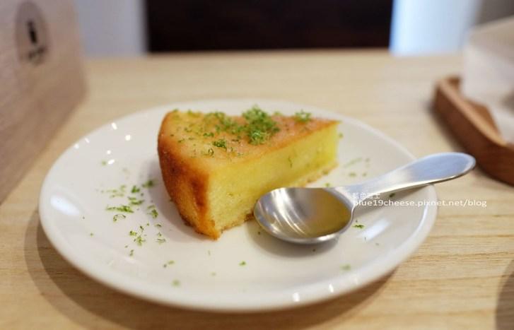 29013566301 2cba77c18c c - J.W. Cafe-放棄百萬年薪工程師的漂亮拉花拿鐵.甜點推薦乳酪蛋糕和貝果.近清真恩德元餃子館