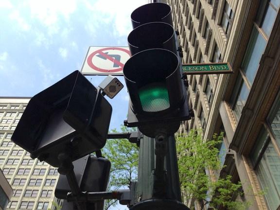 New diagonal crossing signals at State/Jackson