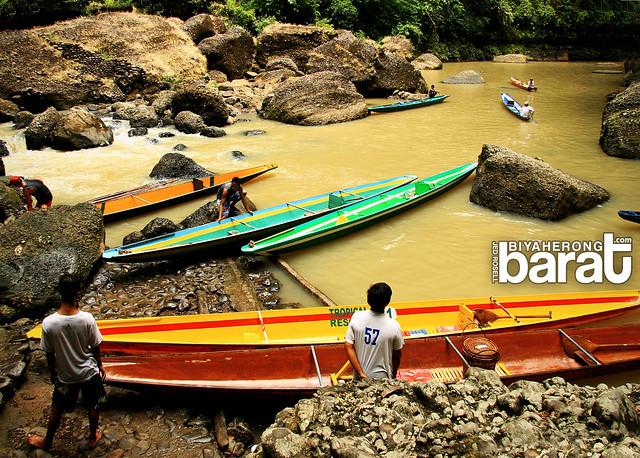 bangkeros boatmen of pagsanjan