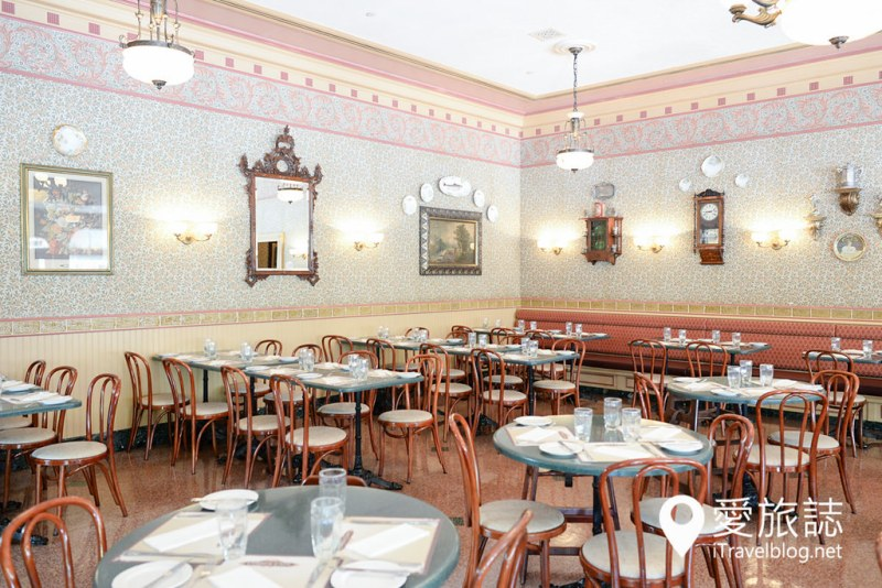 《香港迪斯尼》迪斯尼特色商品与美食餐厅简单易懂整理文