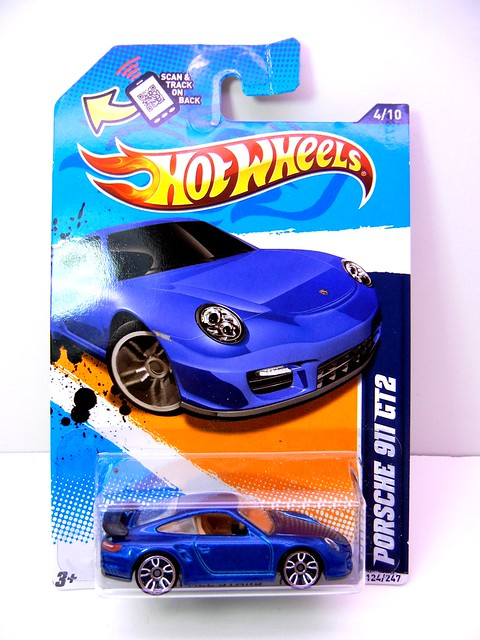 hot wheels porsche 911 gt2 blue (1)