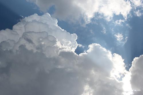 20120727. RAIN CLOUDS.