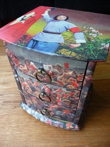Decoupage box with Chinese propaganda photos
