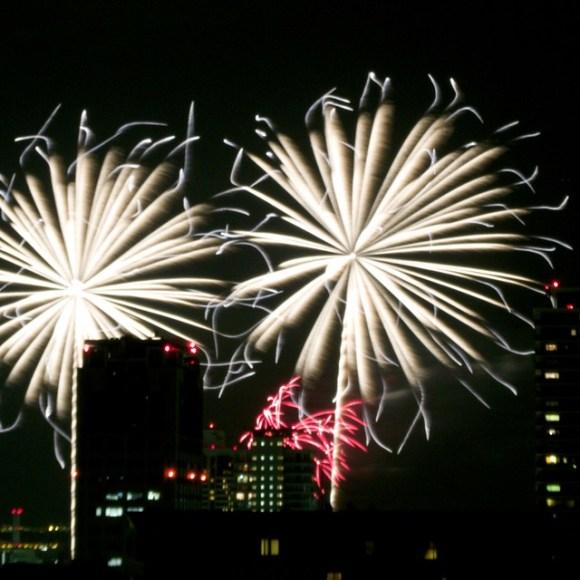 120804_fireworks07