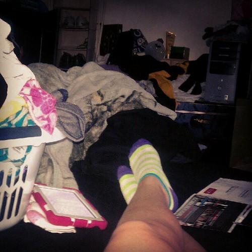 #kendallthekindle #netflix and #laundry How do you spend your Sundays?