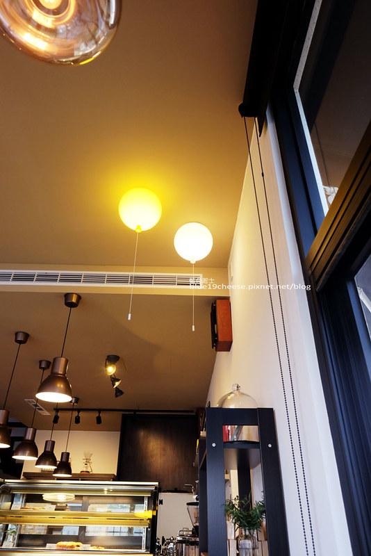 29763646842 080ef38fa4 c - 舞森咖啡53mins cafeteria-北屯區有質感舒適氛圍與空間甜點店.近新都生態公園