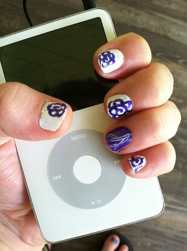 iPod Nails  by laurenichole89