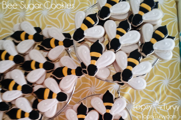 bee-sugar-cookie-recipe-tutorial
