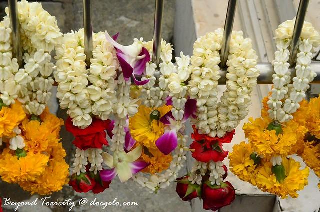 sampaguita, jasmine, roses