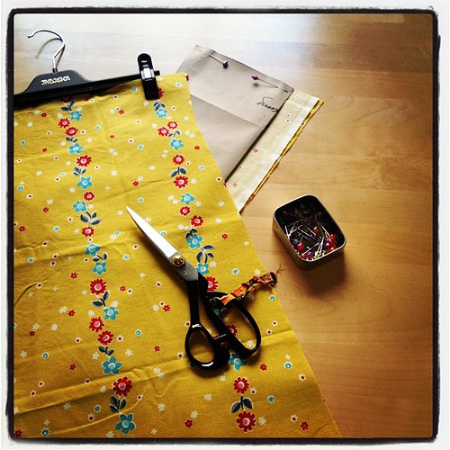 I'm making a new skirt for me. Self-drafted pattern and fabric by Denyse Schmidt.