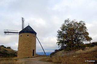 Antiguo molino de viento en la sierra de la Guerinda