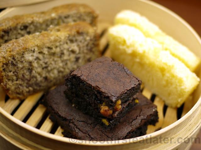 Maya Butter Cake, Banana Cake & Fudge Brownie-001