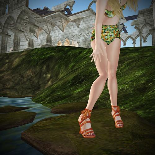 Jackal's blossom wedge sandals