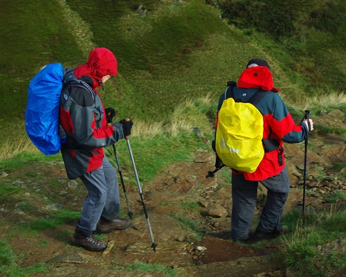 20111016-10_Descent into Edale on Jacobs Ladder Path by gary.hadden
