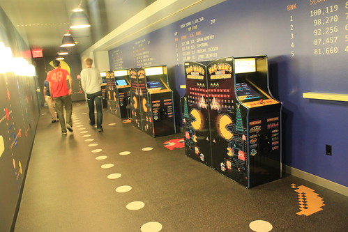 New York - Google - Pac Man Hall