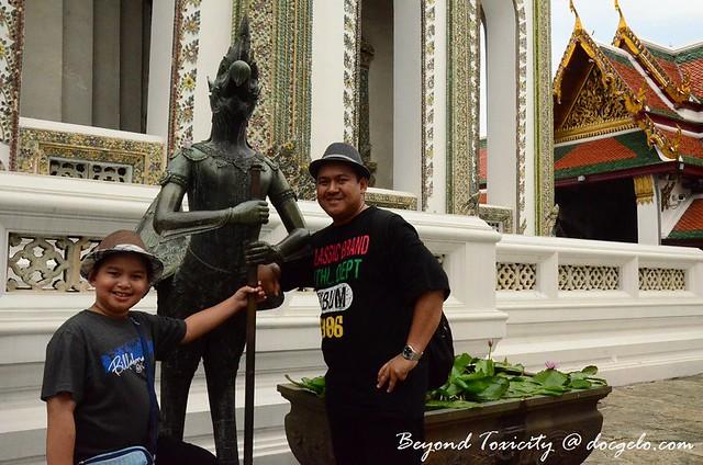 father and son grand palace bangkok
