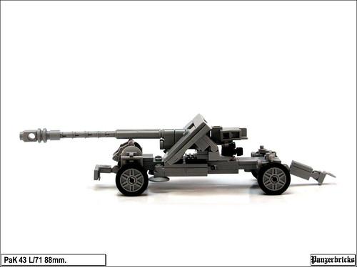 PaK 43 L/71 de Panzerbricks