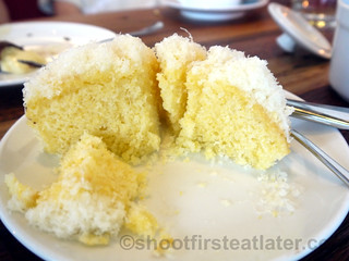 Wildflour Cafe + Bakery- cheesy cornbread P130-001