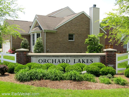Orchard Lakes and Orchard Lake at Breckenridge Louisville KY 40218 Homes off Breckenridge Ln by EarlWeikel.com