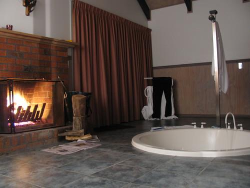 Staying at Boronia Peak Villas by holidaypointau