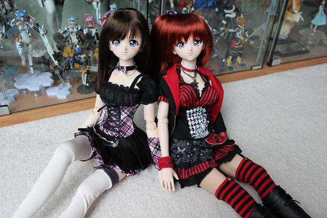 Moe v.2 and Natsuki v.2