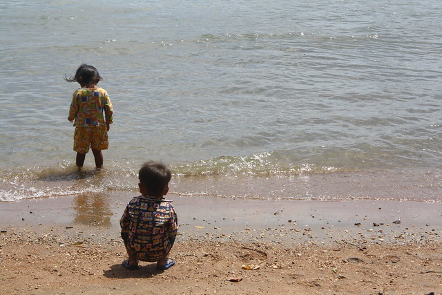 Kids on the Shore of Rabbit Island