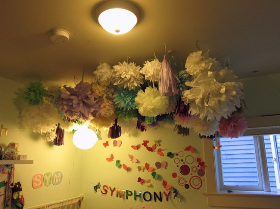 Pompom Canopy