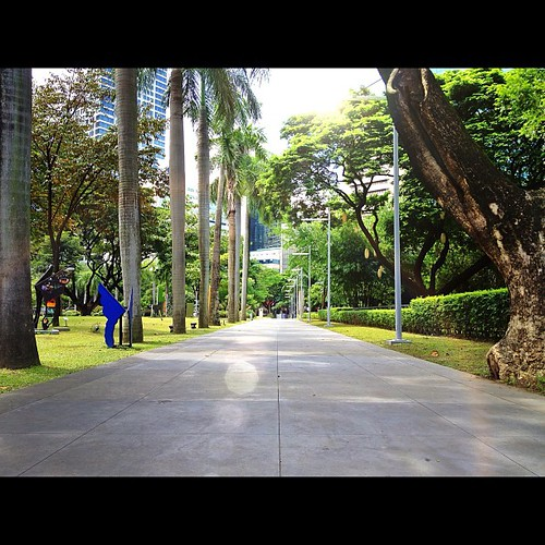 Ayala Triangle. Taken 9.12.12. Makati, Philippines. #iphone4s #iphone #iphoneonly #iphoneography #awesomeshots #igersasia #igersmanila #igersphilippines #igersasia #photooftheday #picoftheday #instadaily #instaphilippines #cityscape #makati #manila #phili