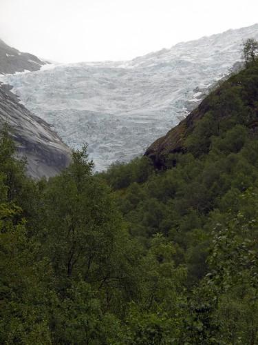 222 Hacia el glaciar Briksdal