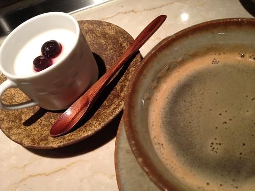 デザートのミルクプリンとコーヒー@木かげ