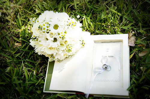 The surprise ring holder, and the bride's last moment flowers