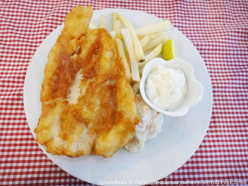 7.Riverside Fish and Chips – Deep fried fish fillet with batter served with coleslaw French fries and tartar sauce@ riverside (2)