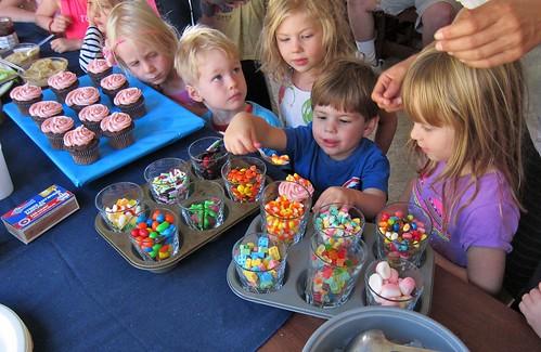 Satchel cupcakes