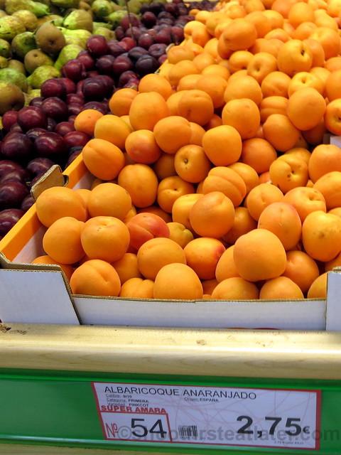 supermarket in San Sebastian- small oranges