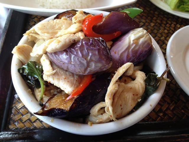 Spicy eggplant chicken - Thai Lotus