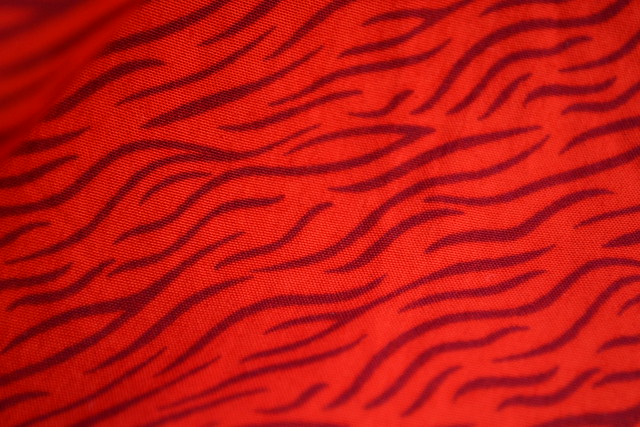 print-red-orange-striped