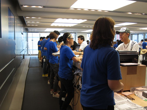 iPhone 5 Launch day in Apple Store Ginza
