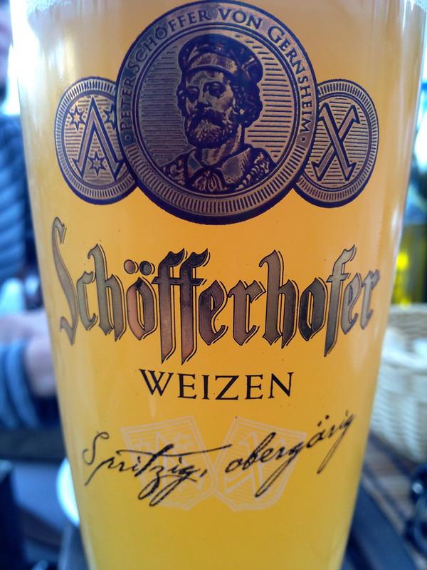 Een goed glas Schöfferhofer Weizen in Lübeck