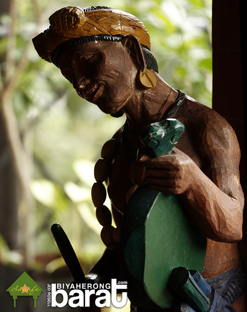 Ifugao woodcarving sculpture