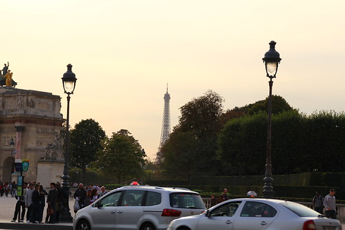 Glimpse of the Tour Eiffel