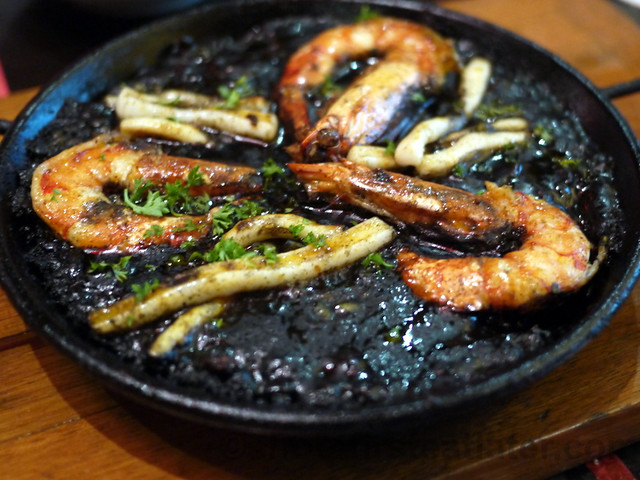 squid ink paella (2-3 pax) P580